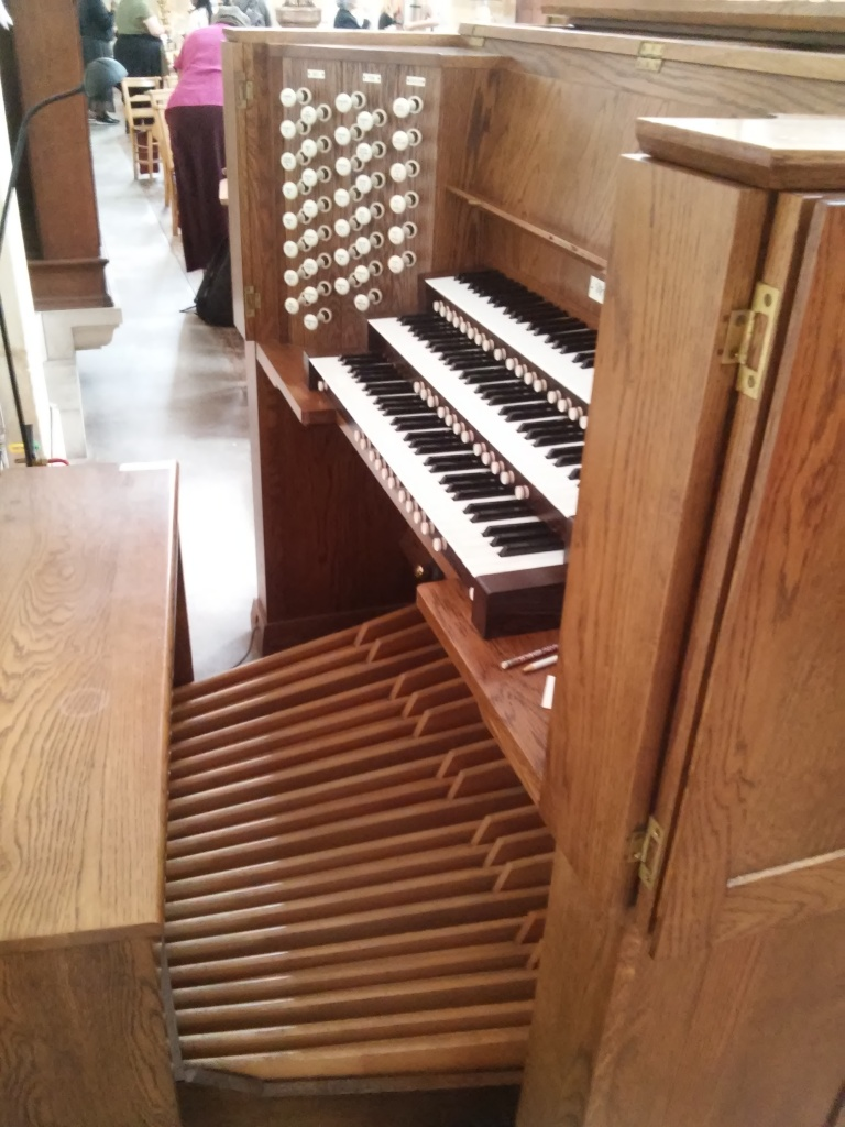 The Wyvern organ at St Benet's Kentish Town: console, looking west.