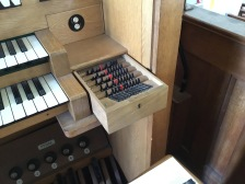 The piston setter of the organ by J. W. Walker and Sons (1963) in the church of St Joan of Arc, Highbury, London.