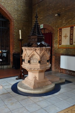 St Andrew Earlsfield, the font, c 2016. Source 'https://londonchurchbuildings.coms', accessed 6/8/17.