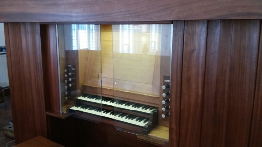 The J. W. Walker organ in the church of Our Lady & St Joseph, London N1. Source: Andrew Pink