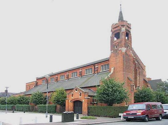 The eastern end of St Barnabas church (1903) Walthamstow E17 . (Source: Wikimedia Commons)