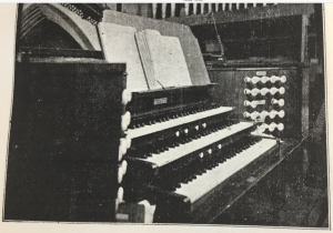 Console of the pipe organ by Brindley and Foster in St Agnes Kennington, London. (UK). [Source: Parish Magazine, May 1899, p. 37)