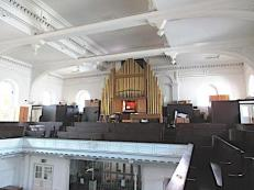 Kensington Chapel, Allen Street, London W8. Pipe-organ of 1958, by Henry Willis & Sons Ltd.