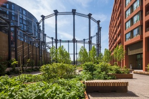 Picture of old gasometer and new housing.